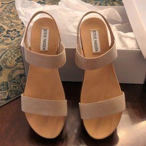Steve Madden Agile stacked flatform sandals